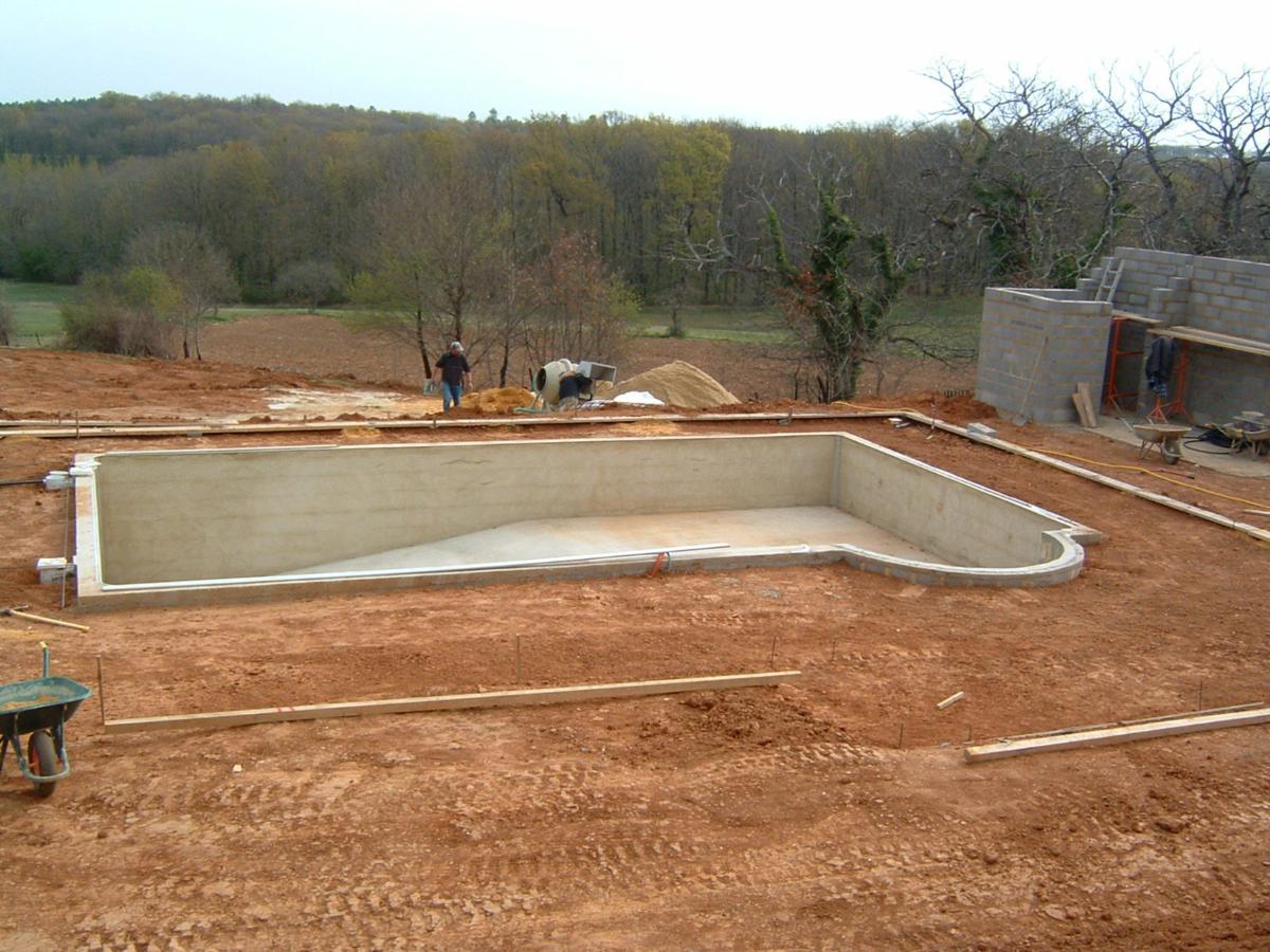 Chantier piscine sadone la vercantiere 002 fages ma onnerie for Construction piscine 27